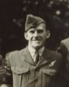 Profile pic flgoff byrnes 463 squadron