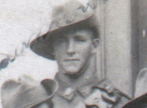 Profile pic gunner george carrington beaumont no 18427 cropped