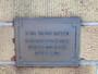 Thumb docker plaque