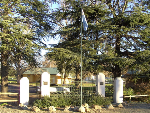 Normal war memorial jugiong nsw