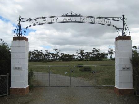 Normal halbury war memorial gate  halbury
