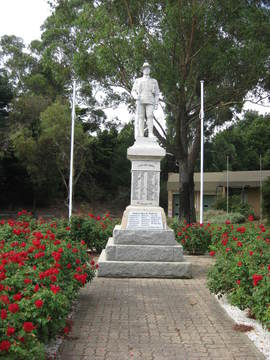 Normal war memorial  mt barker 1