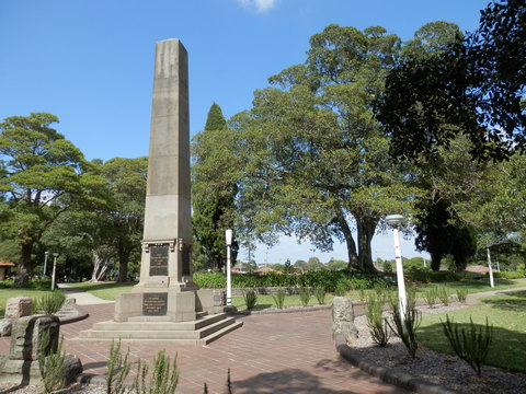 Normal war memorial in ashfield park   panoramio