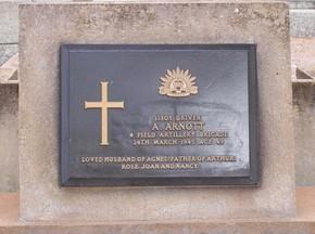 Profile pic arnott  archibald headstone