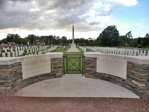 Normal mericourt l abbe communal cemetery extension