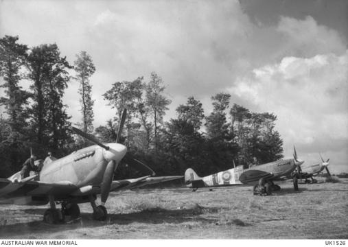 Normal spitfire ixs in france