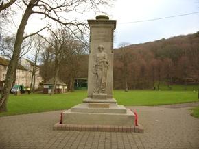 Profile pic wh cenotaph