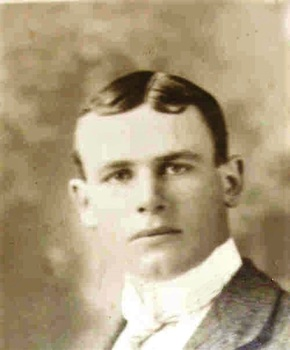 Profile pic basil lowingham henderson   about 1910