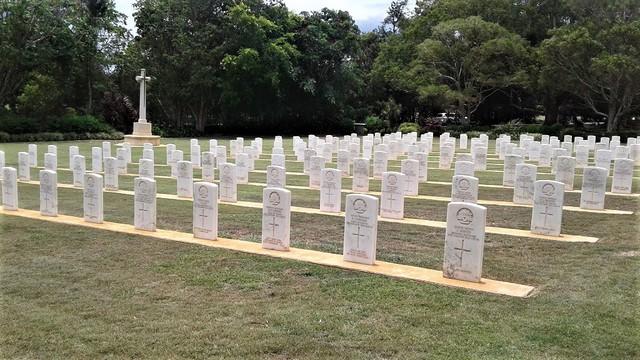 Normal atherton war cemetery 10