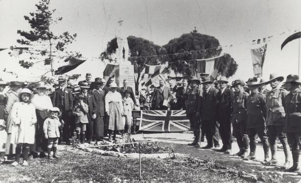Normal tickera war memorial