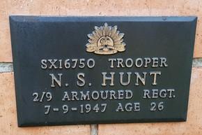 Profile pic hunt sx16750   1947