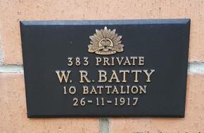 Profile pic batty 383   1917