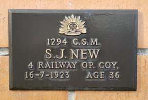 Profile pic new 1294   1923
