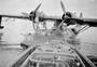 Thumb refueling 20 squadron raaf catalina at darwin aug 1944 awm p01630.019 1