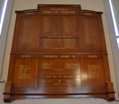 Normal yongala roll of honour  world war one 19141918 and world war two 19391945 flinders ranges south australia 45766424582 o