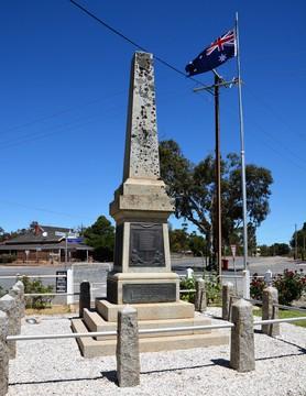 Normal hallett war memorial south australia 32877564963 o