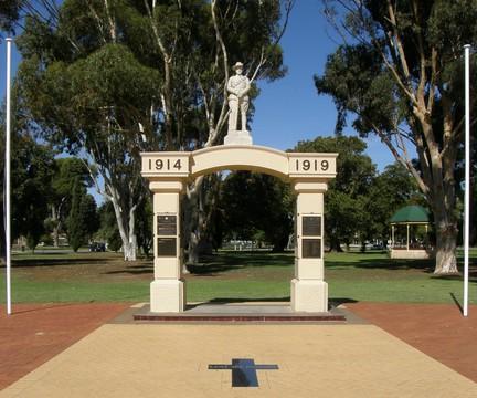 Normal kadina war memorial 19141919 16449843407 o