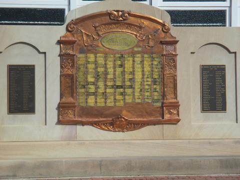 Normal warra queensland war memorial 27335804003 o