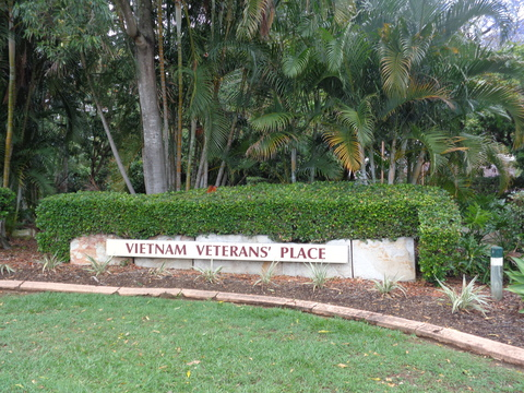 Normal the vietnam war memorial at kallangur qld 37655125796 o