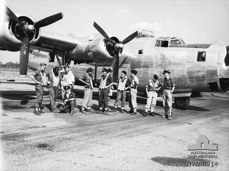 Normal 23 squadron raaf liberator aircrew darwin nt jun 1945 awm nwa0914 1