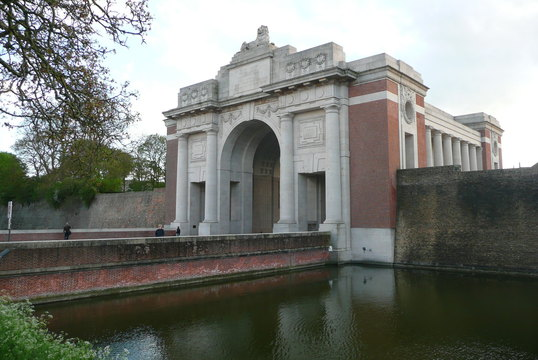 Rsl virtual war memorial menin gate memorial commonwealth menin gate memorial commonwealth memorial to the missing of the ypres salient back to search freerunsca Image collections