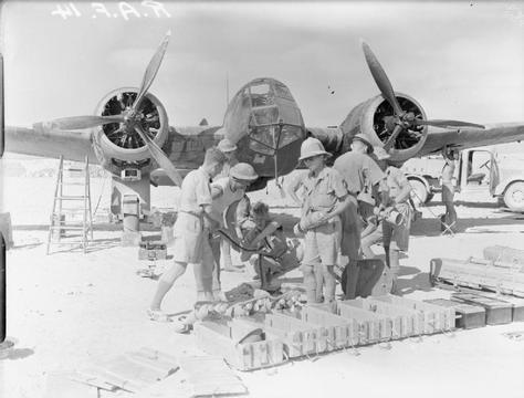 Normal arming 113 squadron raf blenheim egypt wwii iwm cm 18 1