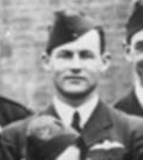 Profile pic 2016 6 22  dec 1942 10  sunderland  squadron   terence brown