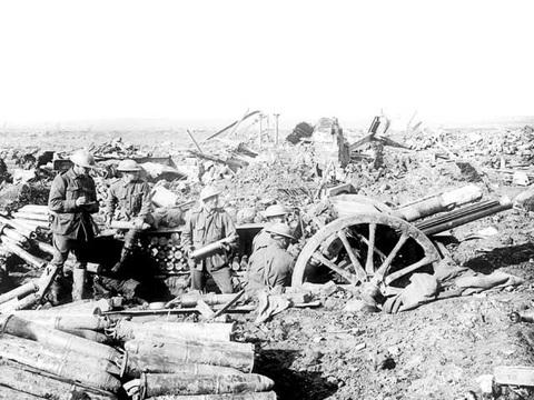 Normal 18 pounder near zonnebeke 1917