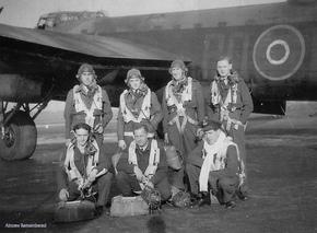 Profile pic 467 squadron lancaster iii lm372 po k crew w760h570