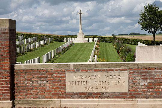 Normal bernafay wood british cemetery   wikimedia