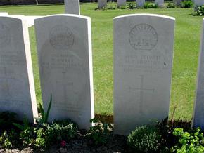 Profile pic o mara pte 6542 matthew   d 15 10 1917   pte 4540 henry frederick herbert d 15 10 1917   birr cross roads cemetery