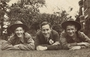 Thumb nicholls dcm mm  pte 2761 richard edwel  pic with cousin and friend