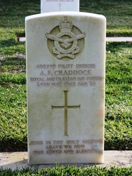 Profile pic craddock 408799 pilot officer alan fullerton   headstone