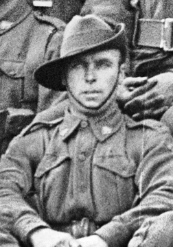 Profile pic lyall pte 4817 lnc cpl louis henry   serv pic